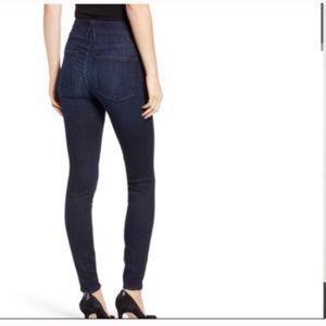 Good American good legs skinny jeans 2